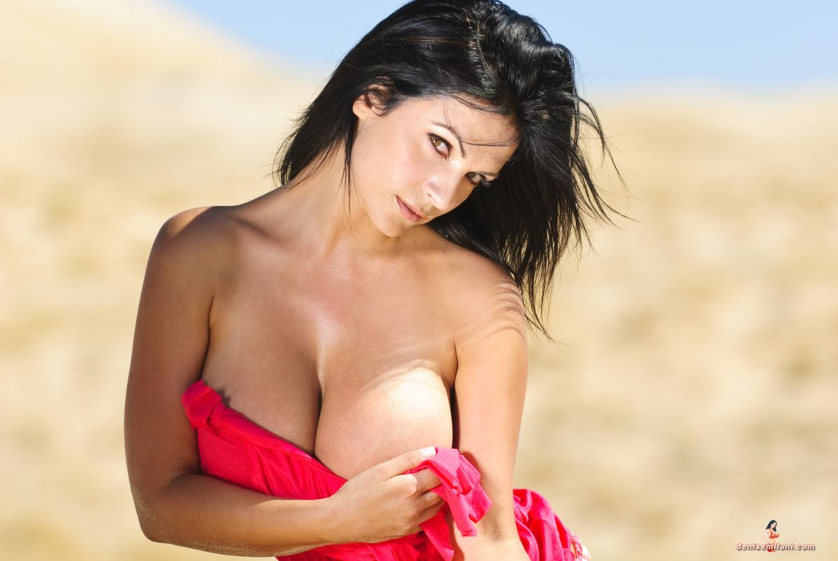 Denise Milani Sand Dunes Pic